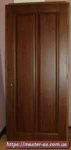 Дешевая деревянная входная (межкомнатная) дверь.