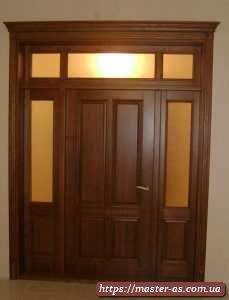 Дверь деревянная межкомнатная нестандартная трехстворчатая из массива ольхи