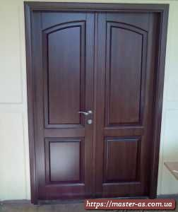 Дверь межкомнатная деревянная двойная из массива ольхи