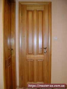 Фото входных деревянных дверей.