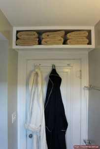 Межкомнатные деревянные двери в ванную