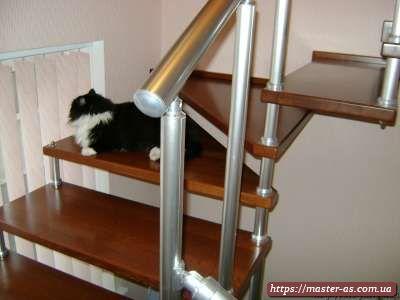 Производство изделий из дерева в Одессе: лестницы