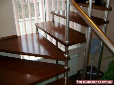 Фото столярных изделий из дерева: ступени лестницы