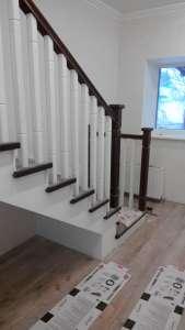 Дл-2 Перила маршевой деревянной лестницы в Одессе