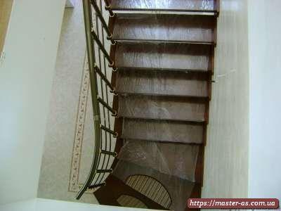 Столярка: ступени межэтажной лестницы