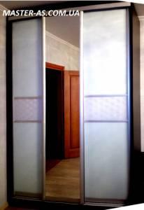 Шкаф для спальни деревянный