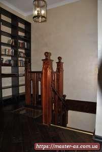 Деревянные лестницы для дачи.