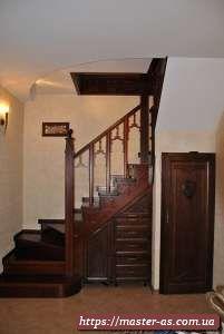 Купить деревянные лестницы в Одессе от производителя