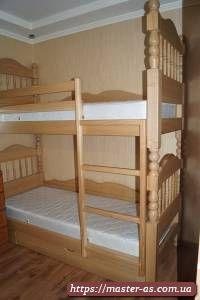Кровать детская двухярусная деревянная