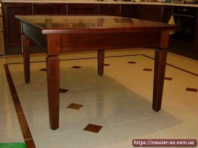 Стол обеденный кухонный из натурального дерева