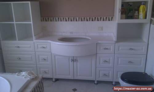 Мебель из дерева в ванную комнату