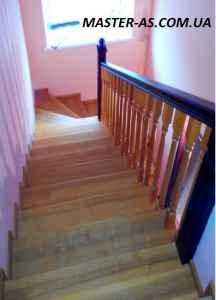 Фото деревянной межэтажной лестницы Мл-01