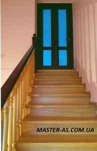 Деревянная лестница от производителя в Одессе Мл-01