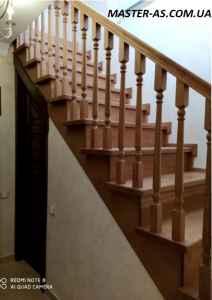 Заказать деревянную лестницу из ясеня ДЛ-12