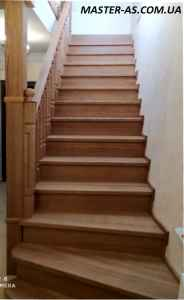 Деревянная лестница из ясеня ДЛ-12