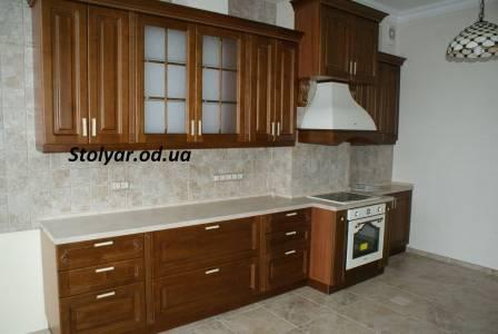 Гарнитур для кухни из дерева, фасадная часть