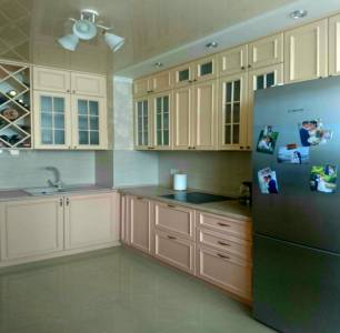 Кухня деревянная (ясень) с обкладкой КМ-07